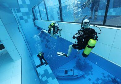 Vai um mergulho na piscina mais funda do mundo?